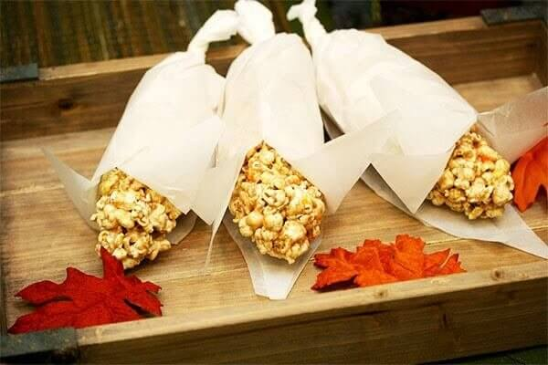Honeyville Farm popcorn cobs for thanksgiving treats