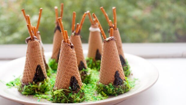 waffle cone indian/native american teepees, perfect for thanksgiving or a pocahontas movie night