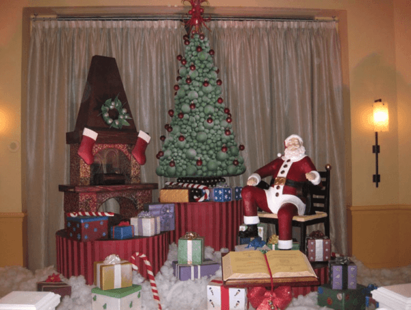 Giant chocolate Santa at the Walt Disney World Swan and Dolphin