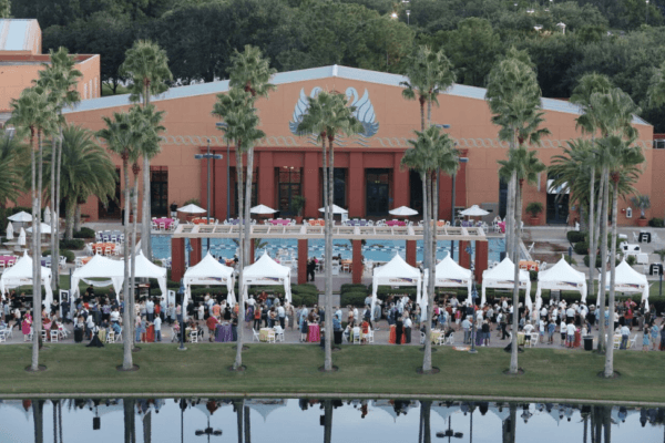 tables in the causeway at the Food & Wine Classic