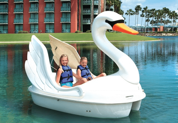 They have swan boats at the Swan! So adorable