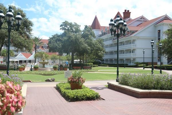 grand-floridian-grounds