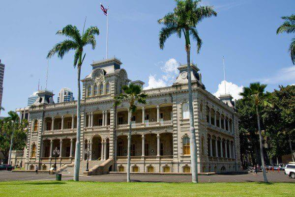 iolani palace in Honolulu, HI