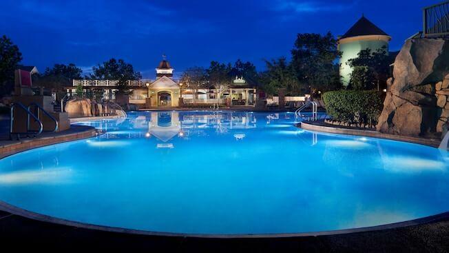 saratoga springs high rock springs pool at night
