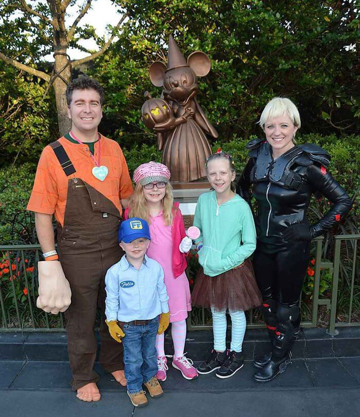 Family dressed in Wreck it Ralph costumes; from left to right, Ralph, Fix it Felix, Jr, Taffyta, Vanellope von Scweetz, and Sgt Calhoun