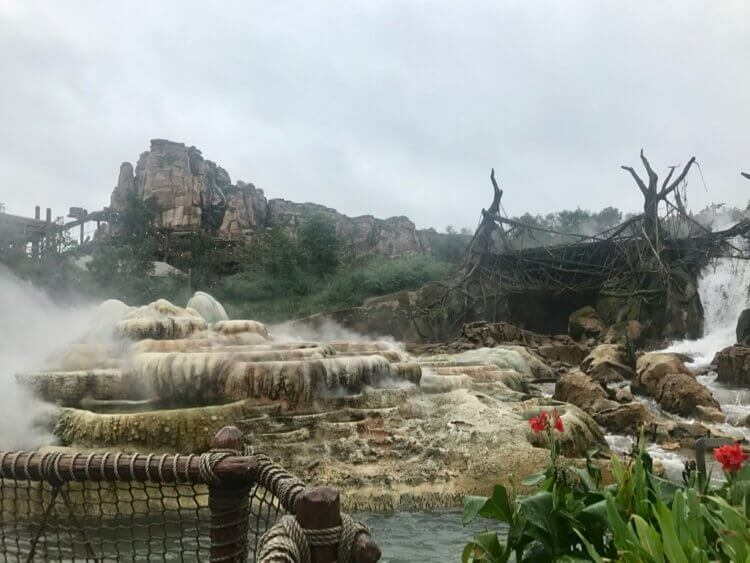 Roaring Rapids, with Roaring Mountain in the background, in Shanghai Disneyland's Adventure Isle