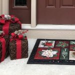 DECORATE YOUR FRONT PORCH FOR CHRISTMAS FOR LESS THAN $150!