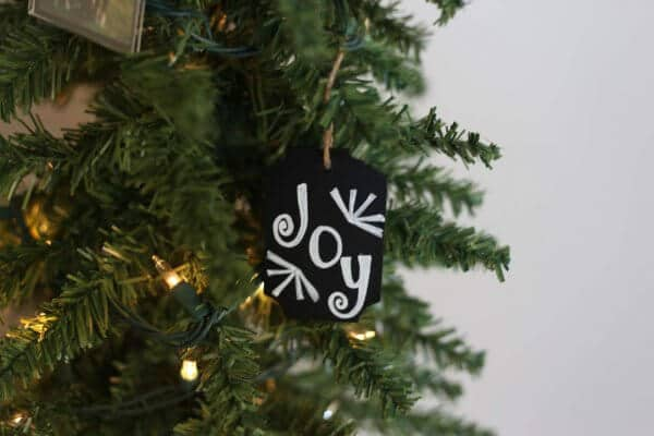 Small tree with chalkboard ornament