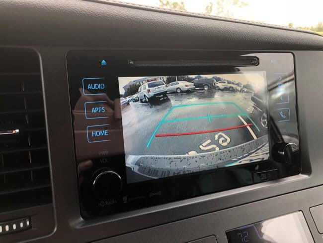 backup camera display in the 2017 Toyota Sienna