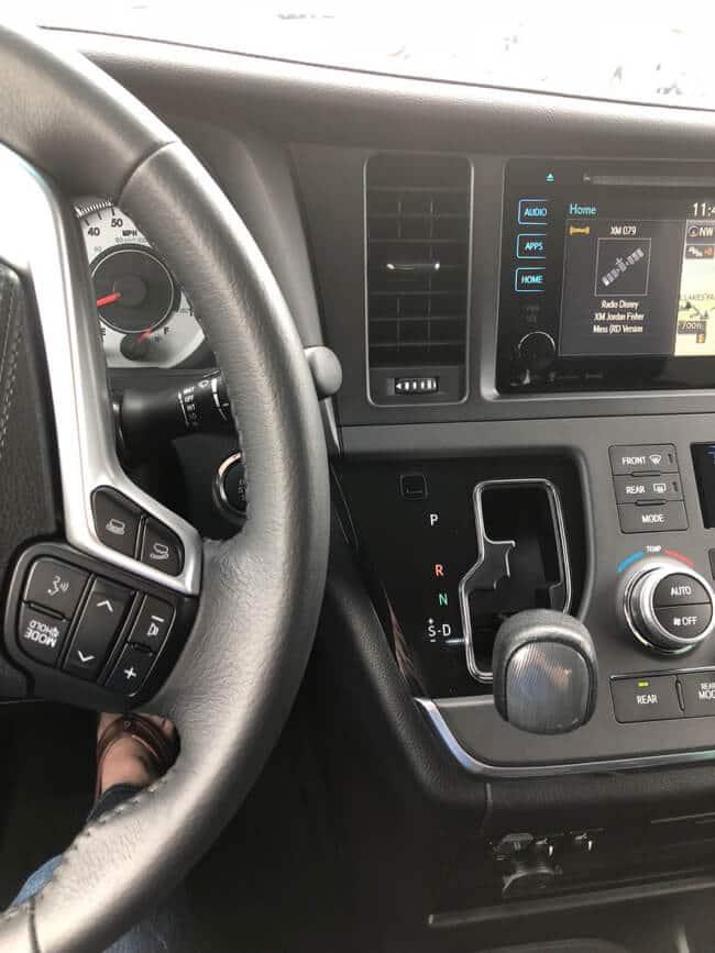 Toyota Sienna gear shift and dash