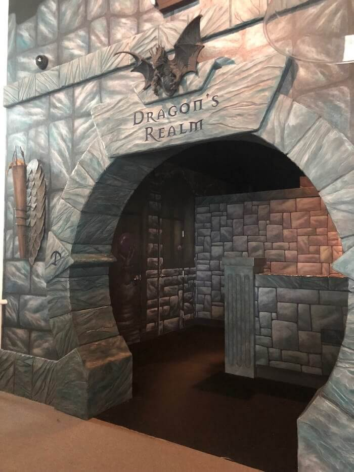 the stone entrance to the Dragon's Realm, a room in the MagiQuest attraction in Pigeon Forge, TN