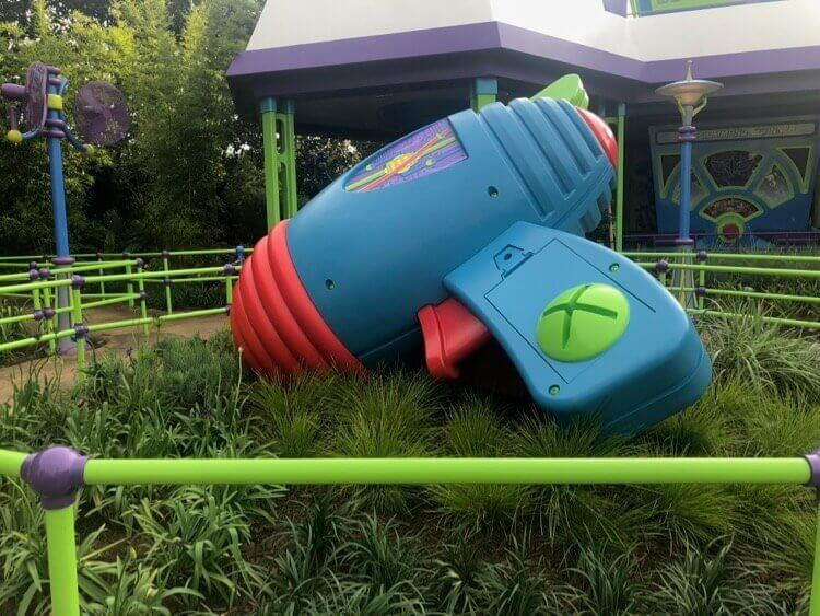 giant buzz light year astro blaster or space ranger spin blaster in Toy Story Land