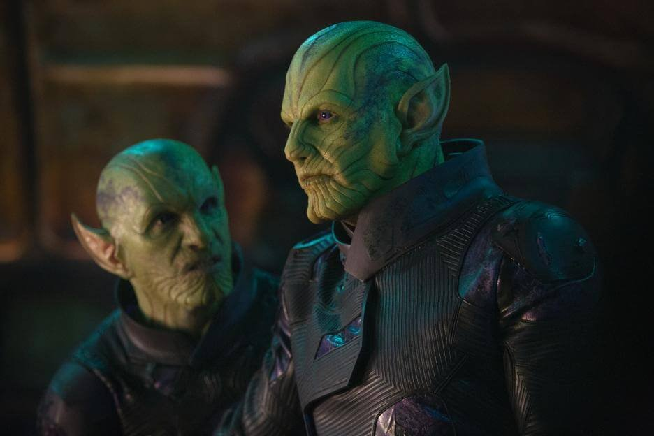two alien figures (called skrulls) with green skin and pointy ears in the movie Captain Marvel