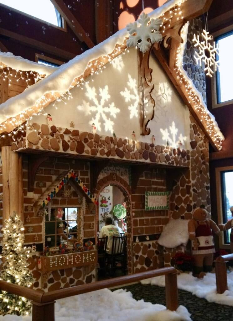 during the holidays, Great Wolf Lodge has a life-size gingerbread house in the lobby - that you can eat dinner in!